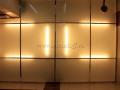 Подвесной стеклянный потолок со скрытой люминесцентной подсветкой