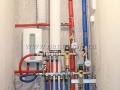 Сборка сантехнического узла, подключение проточного водонагревателя, утепление центральных стояков, устройство вентиляции