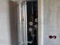 В результате перепланировки сантехнический короб остался на кухне